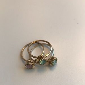 Set of small crown rings